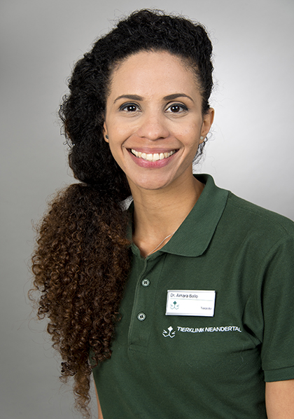 Dr. Aimara Bello  - Tierklinik Neandertal