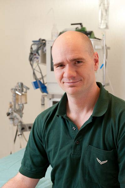 Ltd. Tierarzt Dr. Peter Engelhardt - Tierklinik Neandertal