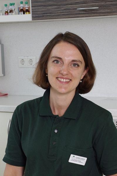 Oberärztin Dr. Christine Schenk geb. Rettig - Tierklinik Neandertal